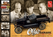 AMT 1012 1925 FORD MODEL T THE THREE STOOGES OILYS GARAGE